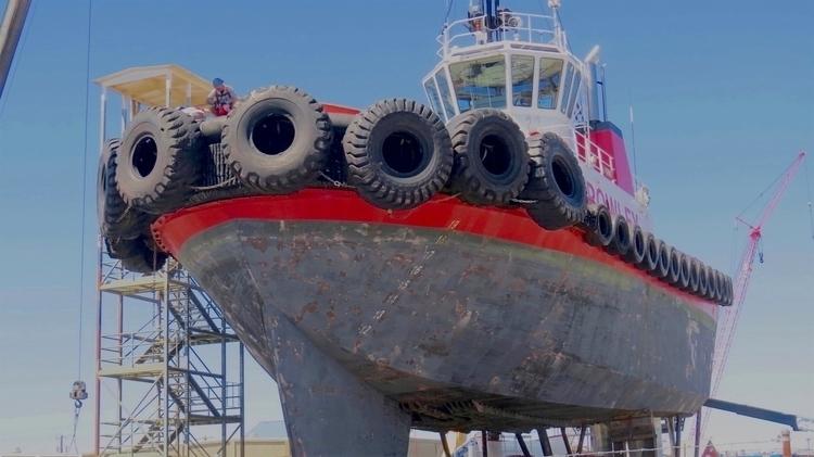 tug dry dock Anacortes, Washing - dave63   ello