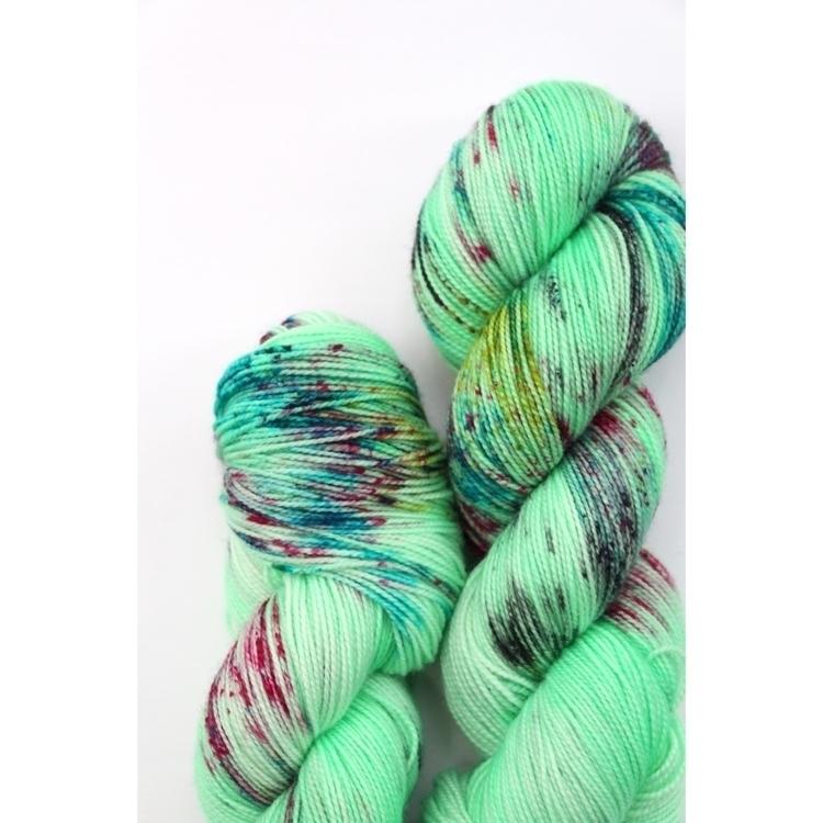 easy green - stitchmischief | ello