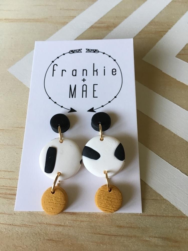 sweet textured mustard patterne - frankieandmae | ello