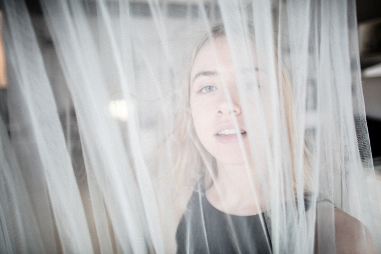 eli studio robin cerutti 2017 - woman - robincerutti | ello