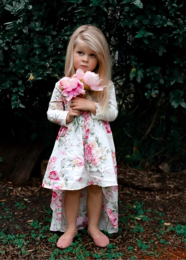 helloello, stunningchildhood - missgstyle | ello