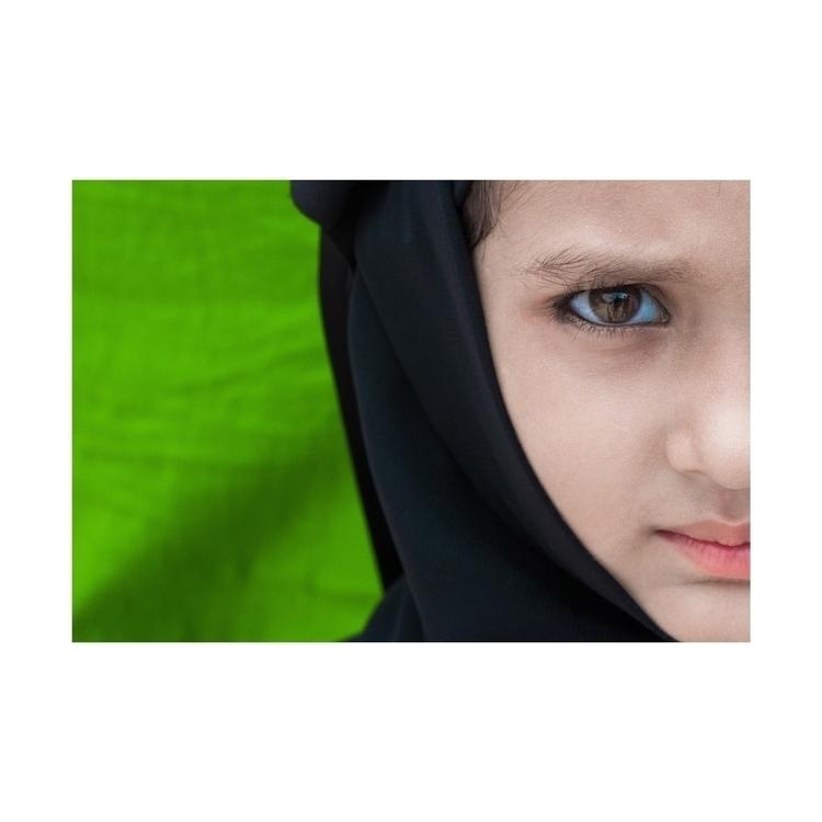 Eyes Show   ••• Eye Eid ~ Publi - isukantapal   ello