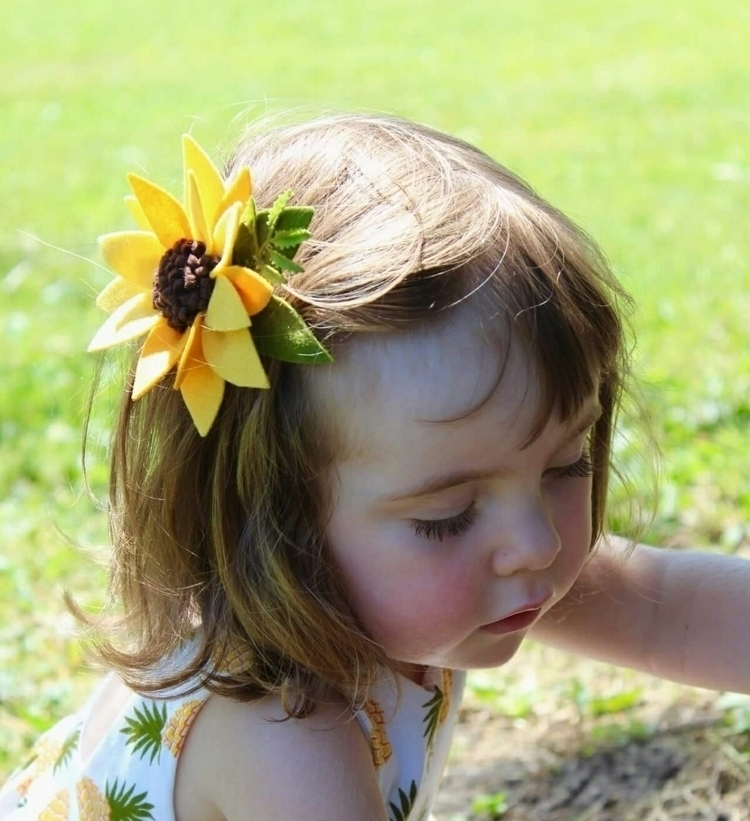 love sweet Maisie Sunflower cli - freshlymintedfinery | ello