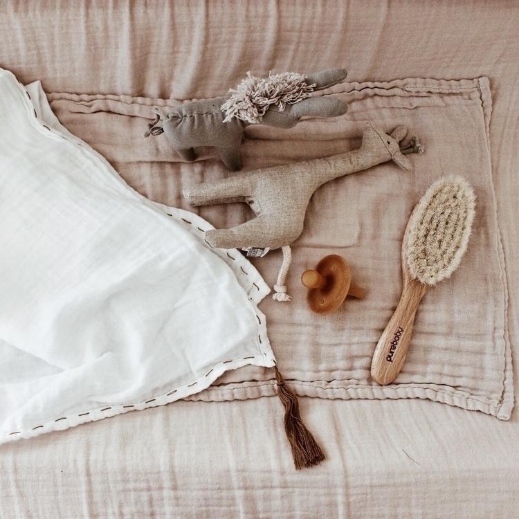 Baby essentials - babyflatlay - soodibetts | ello