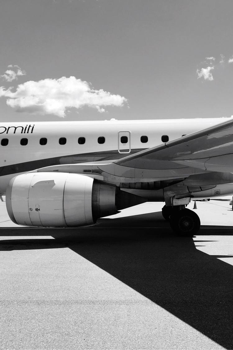 Boarding! MUC :airplane:️ Air D - rowiro | ello