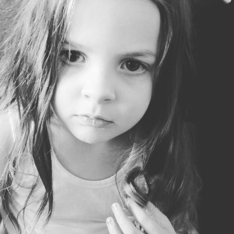 pouty - child, childmodel - misseuphemia | ello