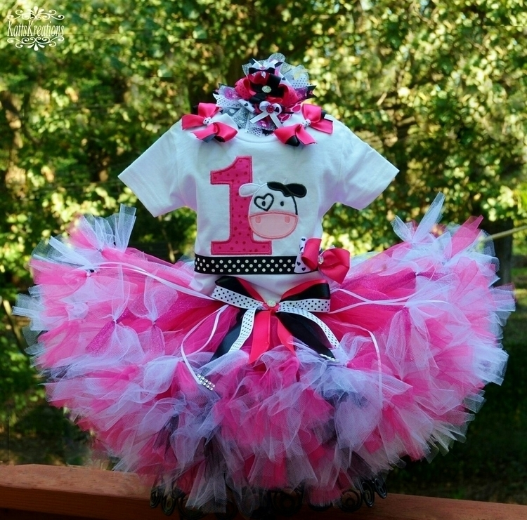 Birthday tutu outfit.. includes - kattskreations | ello
