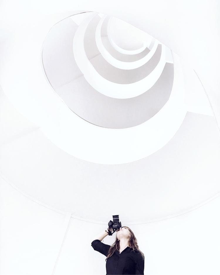 minimal, minimalism, white, girl - vollygda | ello