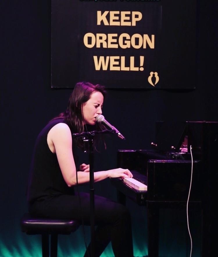 Gordi playing Oregon Concert Se - loganlynn | ello