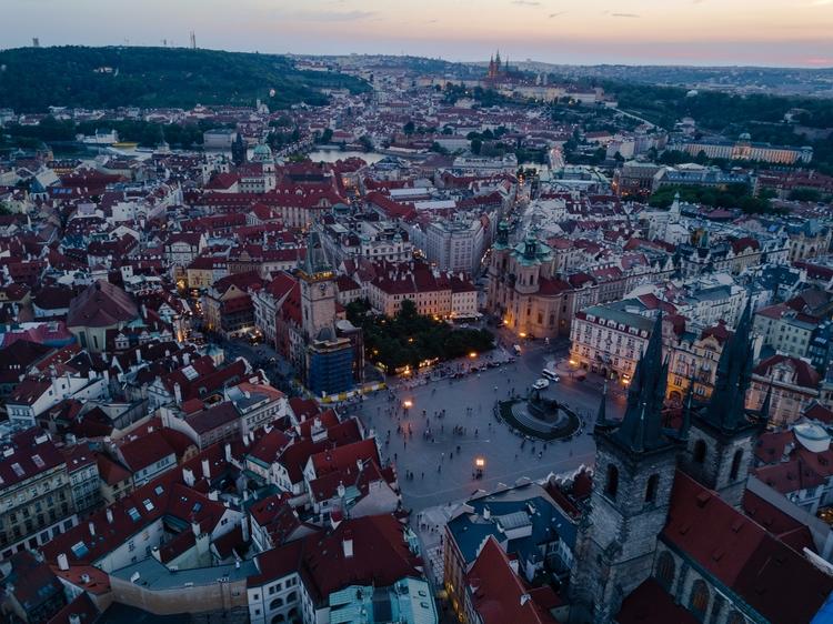 Prague lights night! 2017 - travel - jhollaholla   ello