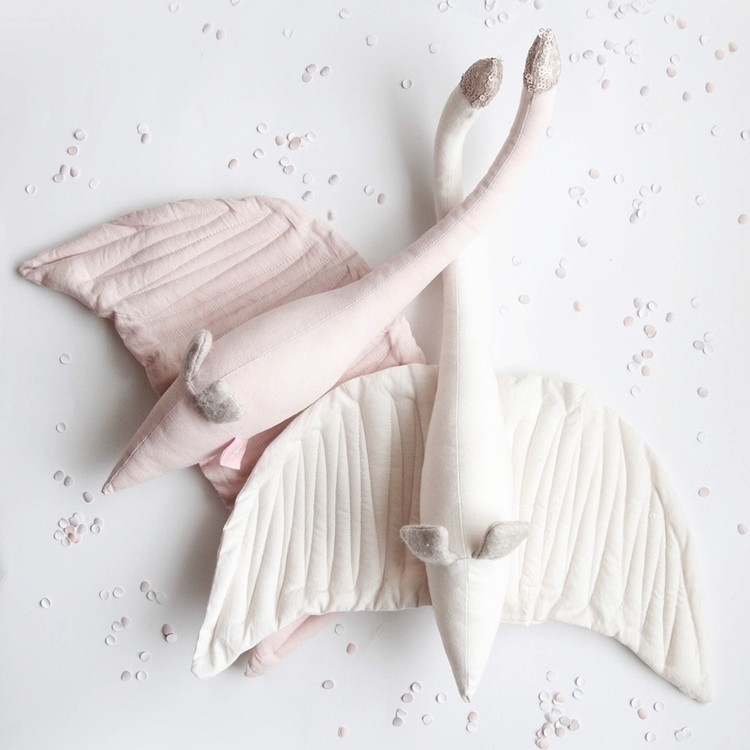 swan, swanmobile, ilka, babymobile - vanessa_byrne | ello