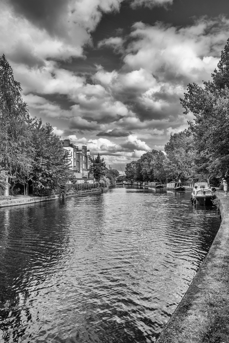 Grand Union Canal Trellick Towe - toshmarshall | ello