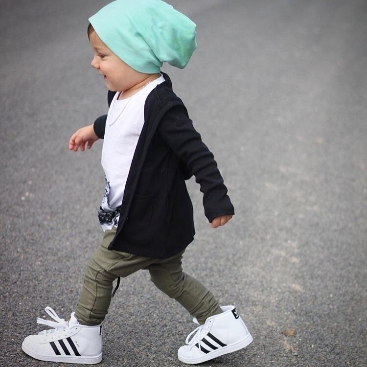 Walk styler Beau Boss wears Bla - littlelords | ello