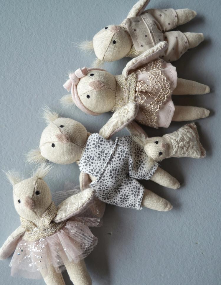Dollhouse family - wonderforest_co | ello