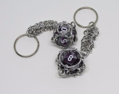 Awesome Chainmail Dice KeyChain - kettenglied | ello