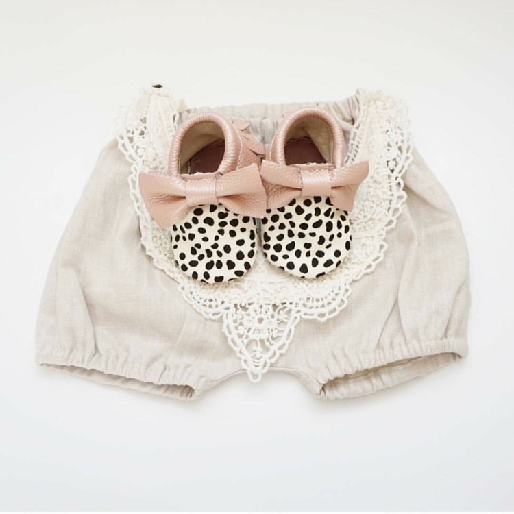 Lace, linen animal print girl - mocked - mocked | ello