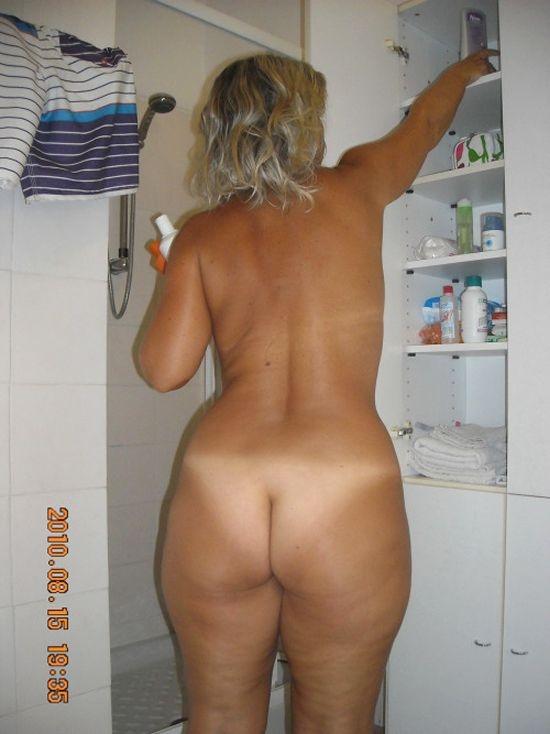 Частные фото женщин в возрасте сзади — pic 3