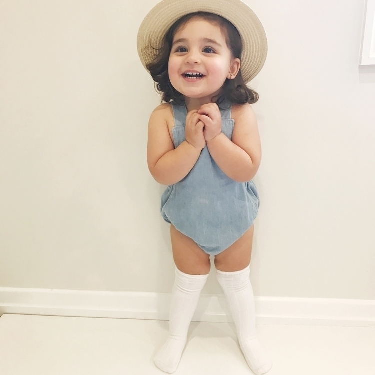 • chambray + white happy face w - my__little__love | ello
