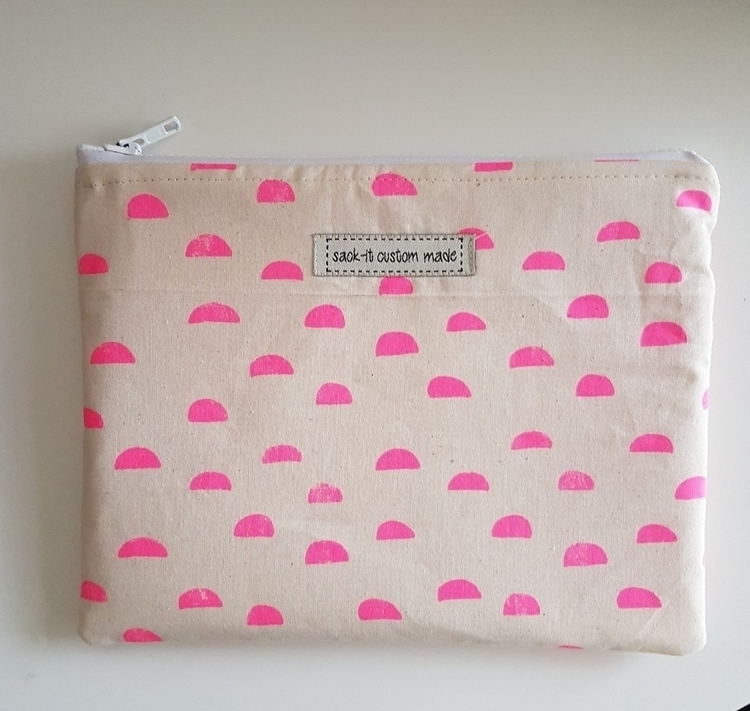 pink moons - 2 - sack-it | ello