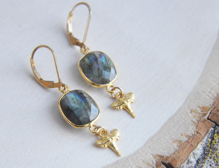 labradorite, stone, earrings - fawinginlove | ello
