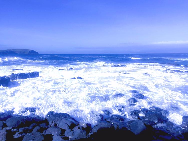 Seaside - sacrecour | ello