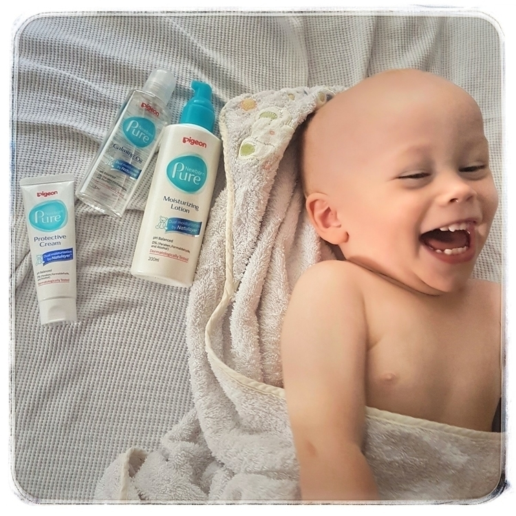 bundle cuteness enjoying Pigeon - mumsview | ello