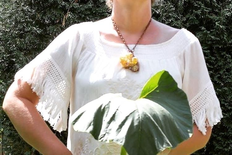Sunset aura statement necklace - fivehandsstudio   ello