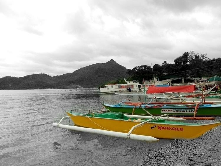 Focus, boats, Travel, Beach, Mountain - rheaiyah | ello