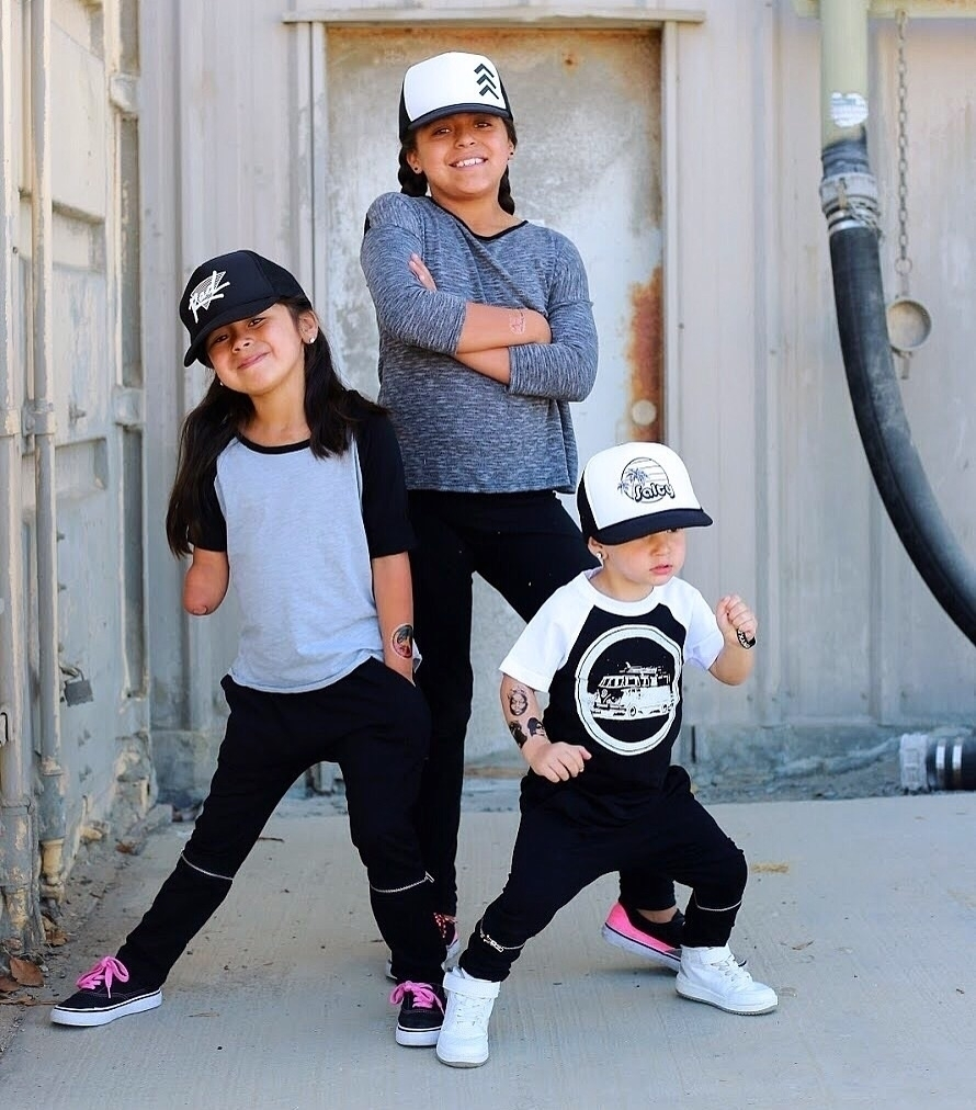 Fashionable Siblings Hat Tee co - cruz805life | ello
