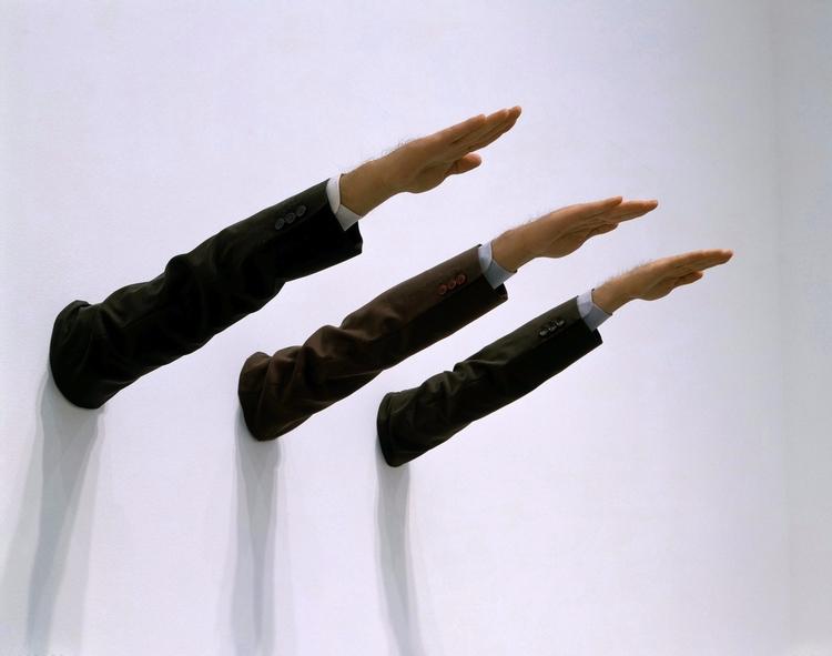 Maurizio Cattelan Real Artist - art - valosalo | ello