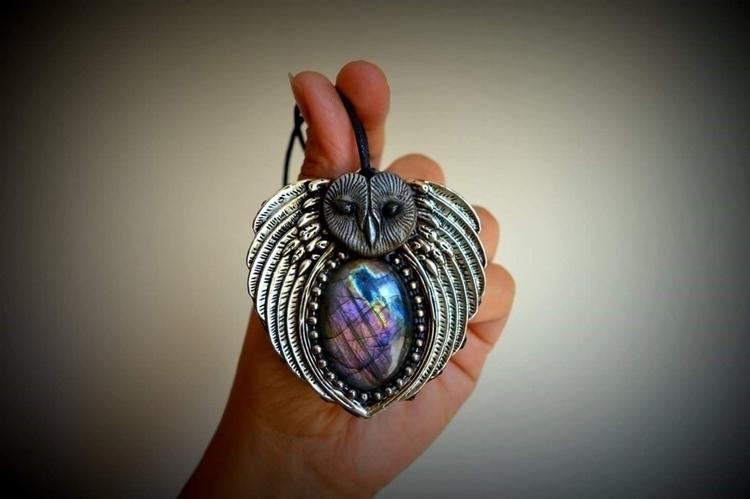 Owl spirit animal: madagascar l - spiritualdragon | ello