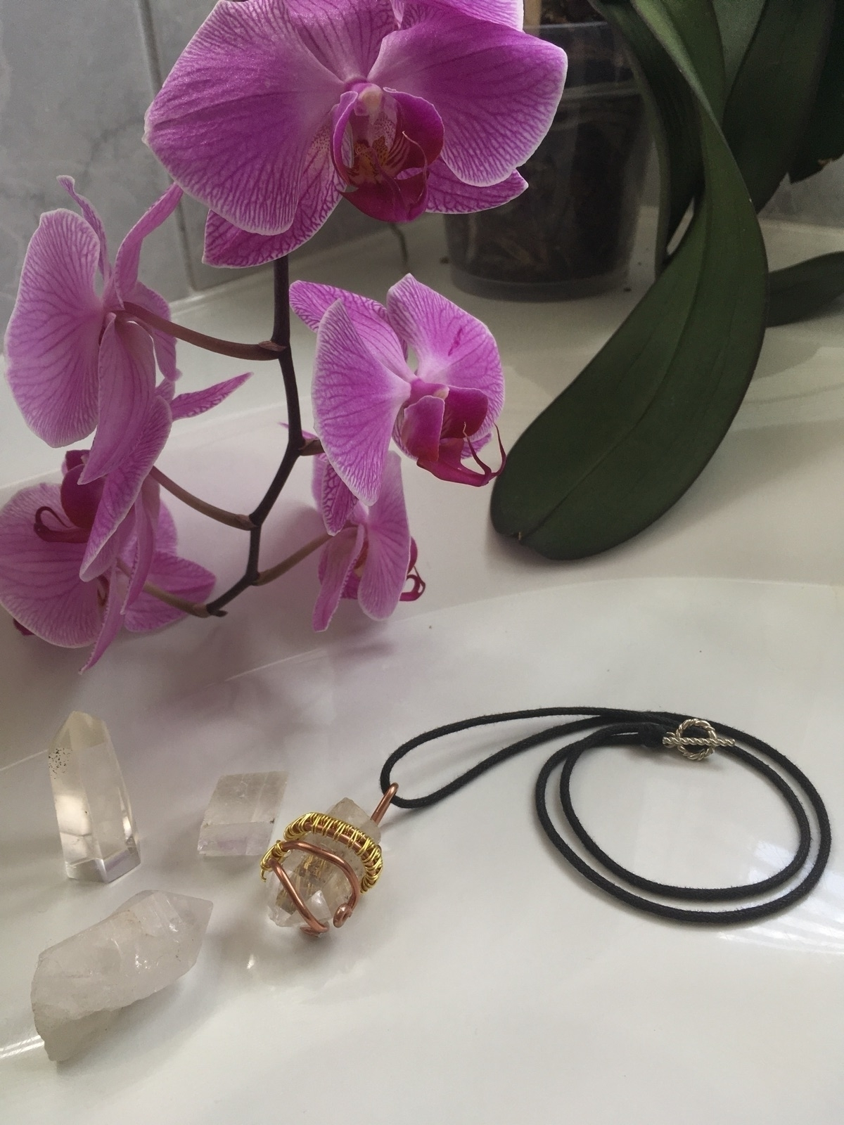Clear wrapped gold bronze wire  - iiindigoaura | ello