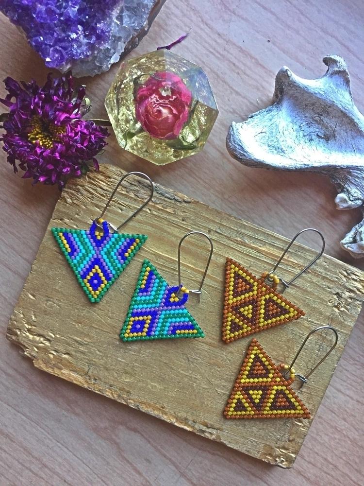 pairs earrings grabs! Geometric - lulubeadingbear | ello