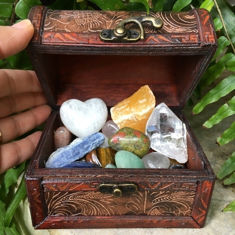 super cute 31 piece chest Etsy  - thesacredcrystal | ello