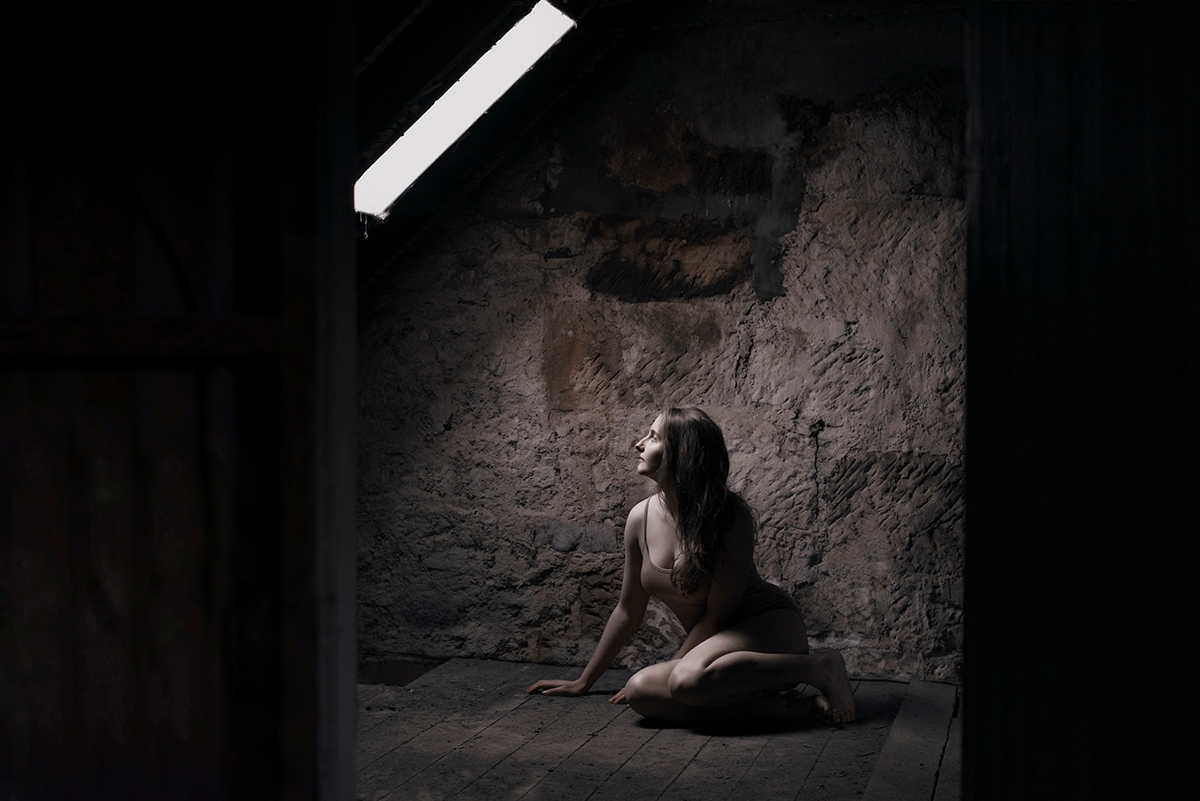 Photographer/Model:Roksana Ryc - darkbeautymag | ello