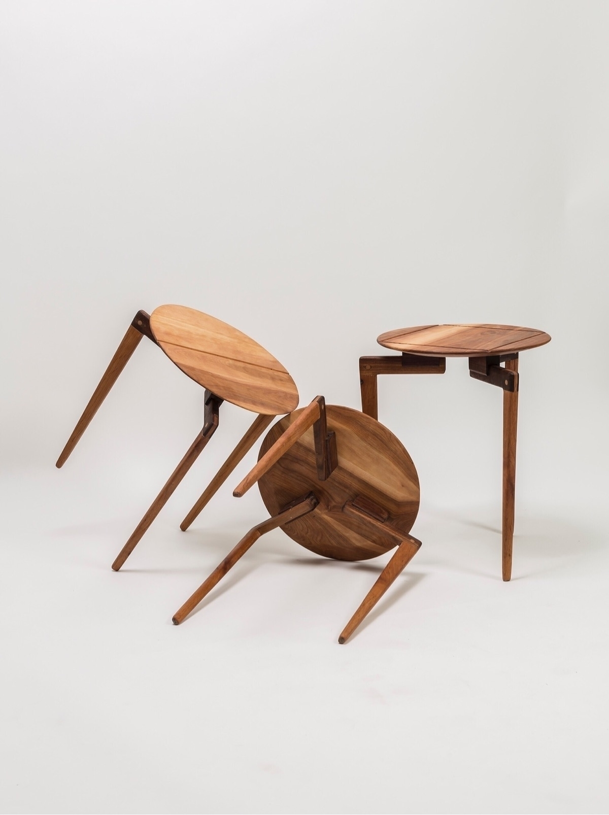 Heying occasional table adapts  - a-framedesign   ello