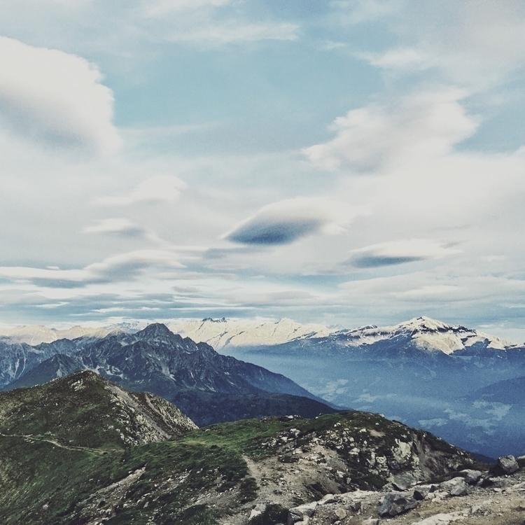 spot path - nature, naturephotography - jonas_gio | ello