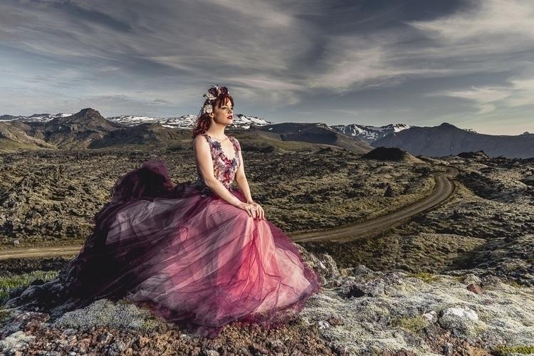 DEAD PLATEAU Model   Dress ligh - urbandiaries   ello