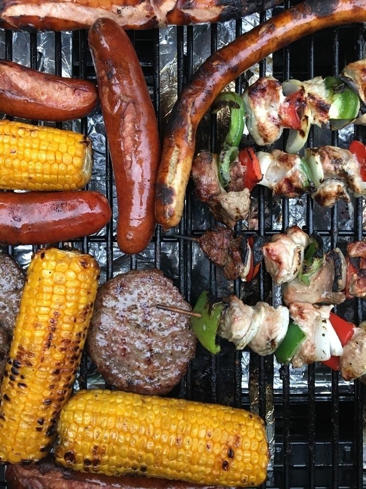 Yesterday evening ⇢ - BBQ - rowiro | ello