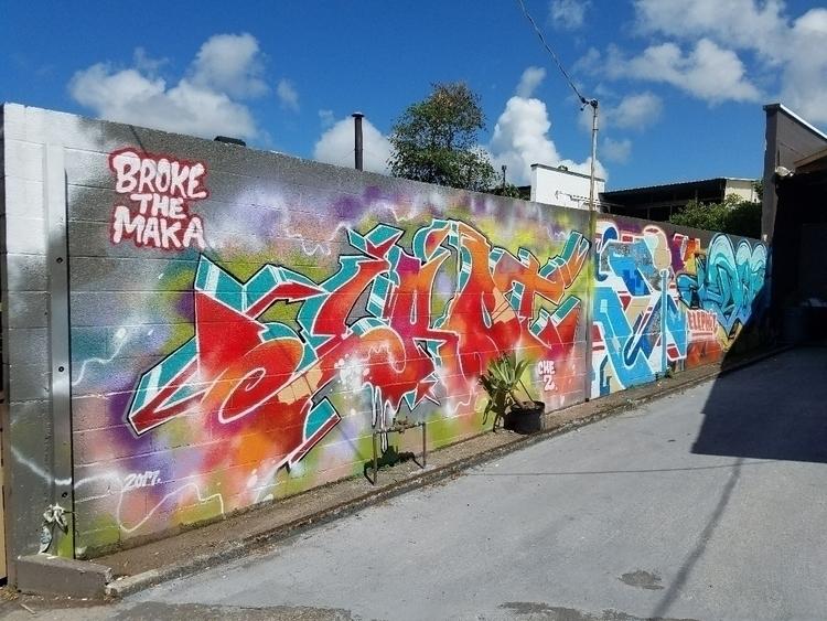 Hilo - graffiti - leonjohnson | ello