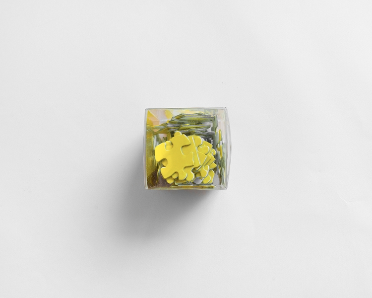 Weekend sale ends small objects - nathaliequagliotto | ello