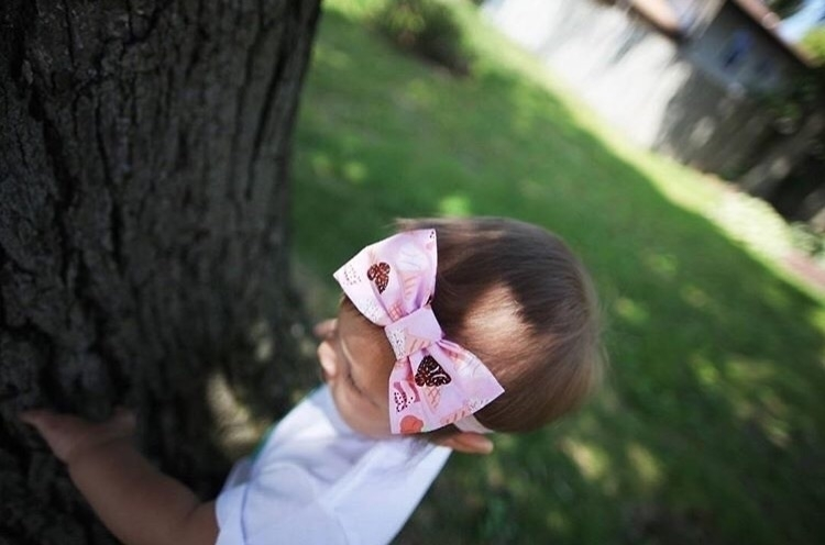 Ice Cream Bow. :icecream:#MomsW - dukeandduchessboutique | ello