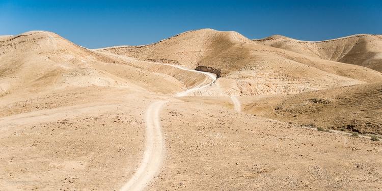 Road wilderness Wadi Kelt, road - toni_ertl   ello