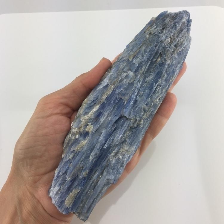 7 Blue Kyanite Brazil! 14.2oz  - thegraciousowl | ello