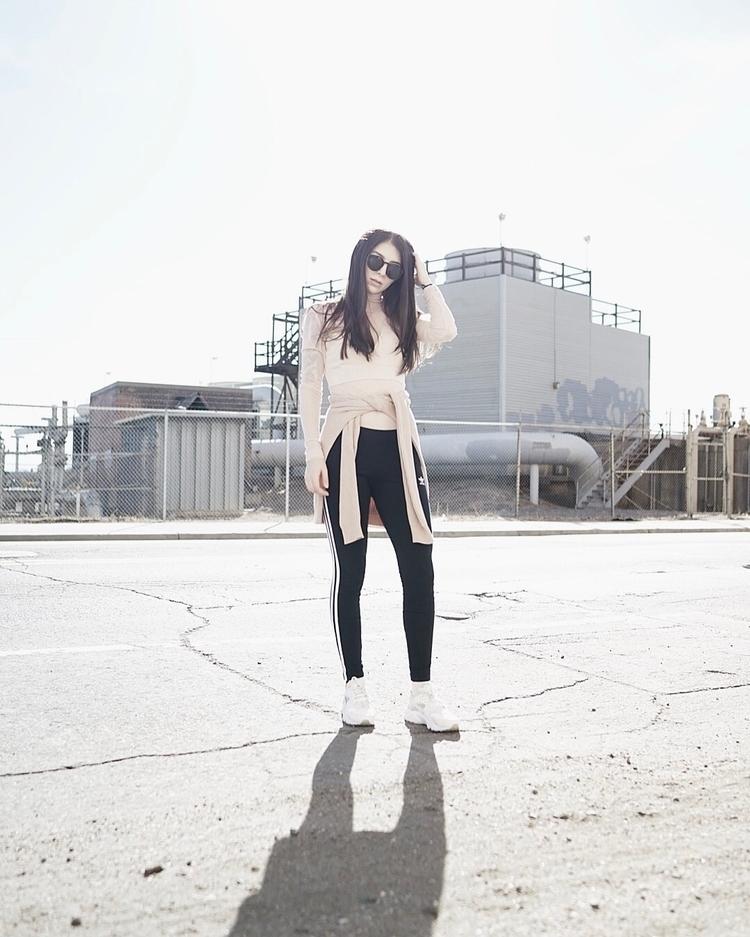 URBAN CASUAL street fashion - 35mm - x100 | ello