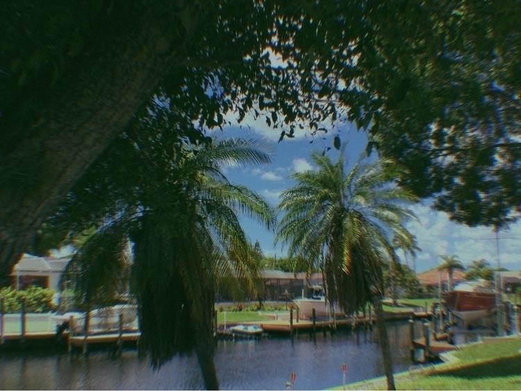 Canal Apps - mikefl99, ello, ipodphotography - mikefl99 | ello