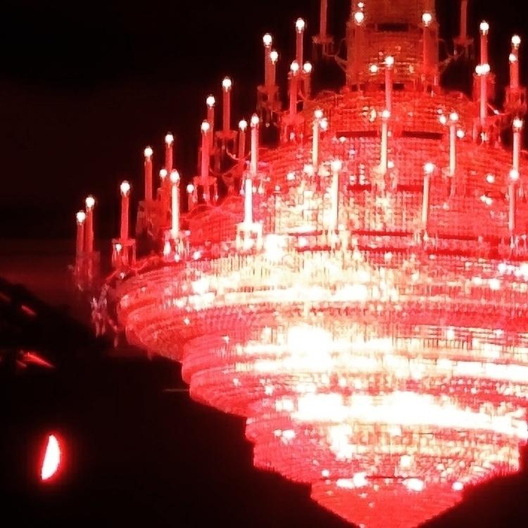 RED DOTs - chandelier, candels, hamburg - blueeye | ello