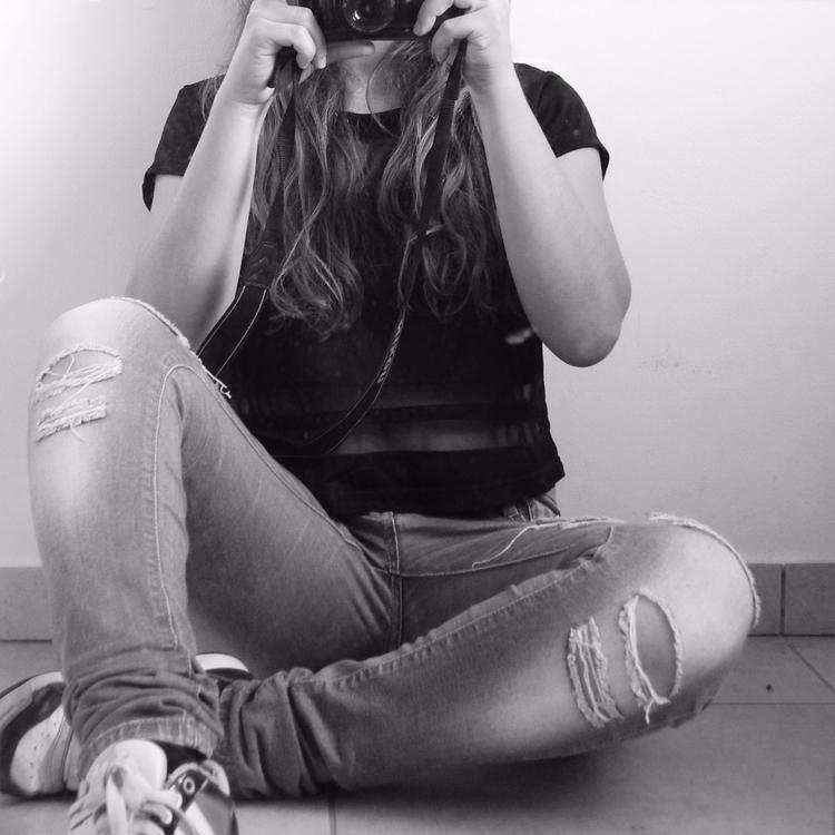 portrait - aria_anastasiou | ello
