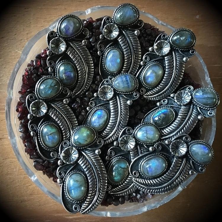requests rings labradorite. inq - evil_pawn_jewelry | ello