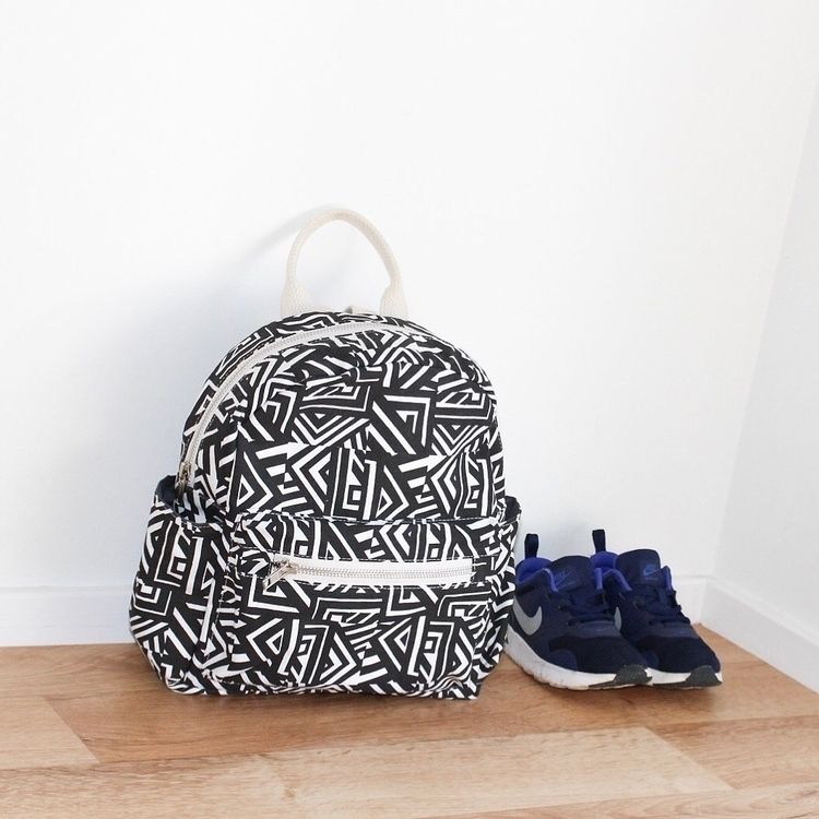 Snacks packed shoes door ready  - zeke_and_co | ello